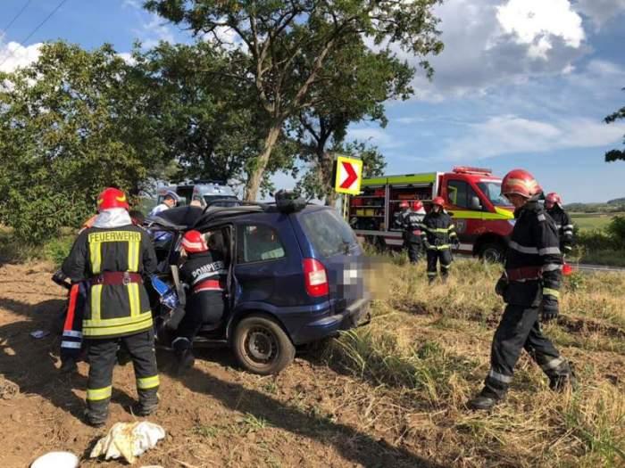 Accident grav cu un mort, în județul Tulcea! Șoferul a decedat la câțiva pași de o mănăstire / FOTO