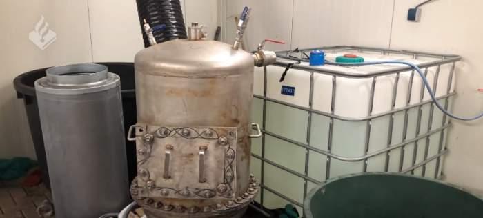"""Poliţia a descoperit cel mai mare laborator de cocaină din Olanda: """"Era o producţie enormă"""" / VIDEO"""