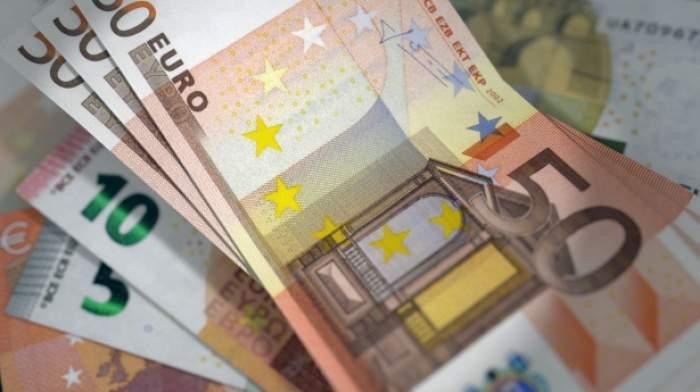 Curs valutar BNR, joi, 13 august. La ce valoare a ajuns astăzi 1 euro