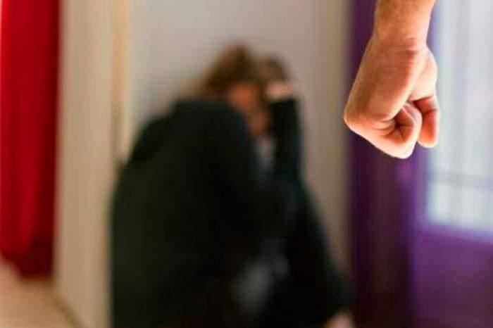 Românul care a obligat-o pe logodnica sa să se prostitueze a fost reținut de carabinieri în Italia!