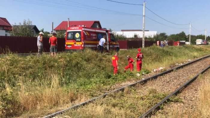 Copil de 11 ani, ucis de tren într-o comună din Botoșani. Minorul traversa calea ferată cu o roabă. Imagini șocante / VIDEO