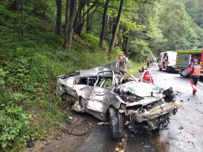 Accident cumplit în județul Covasna! Două persoane au murit și alte patru au fost rănite