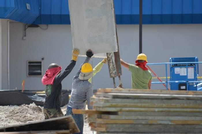 Șantier de pe autostrada Sebeș-Turda, devenit focar de infecție. Opt muncitori, din diferite orașe, depistați cu COVID-19