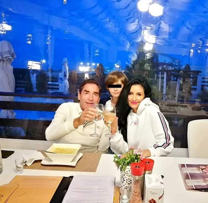 Poze cu familia lui Petre Roman. Cum arată acum fostul premier al României, împreună cu Silvia Chifiriuc și copilul
