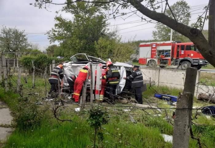 Copil lăsat să moară în mașină, după ce un șofer beat a produs un accident în Gorj și a fugit