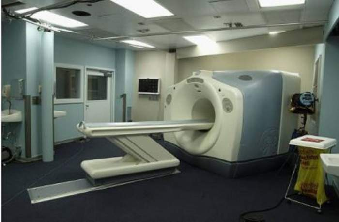 """O femeie din Timișoara a fost răntă în timpul tomografiei! Pacienta suferise un accident vascular! """"Putea să-i secționeze corpul"""""""