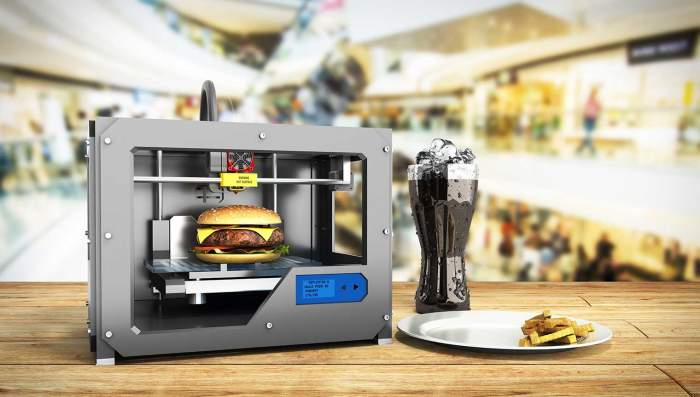 """Mâncarea din viitor ar putea fi preparată la imprimante 3D! Invenția revoluționară a unor români """"Friptura de la bunica și prăjitura de la mama, devin nostalgie."""""""