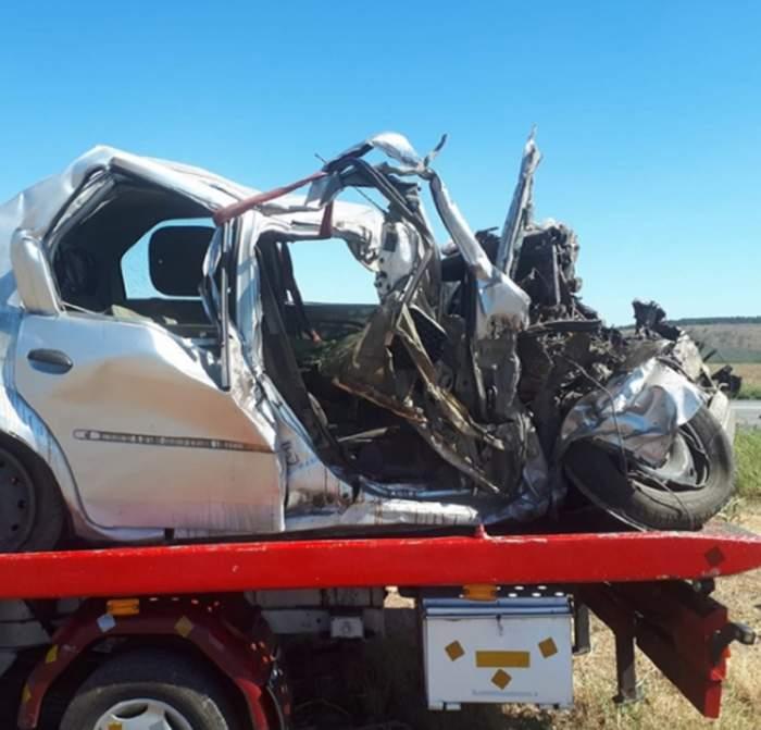 Șofer grav rănit într-un accident rutier, jefuit de martori! Aceștia i-au furat mai multe bunuri din mașina avariată!