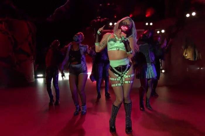 Lady Gaga s-a protejat de COVID-19, la MTV Video Music Awards! Măștile extravagante cu care a făcut impresie / FOTO