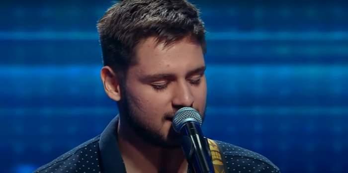 Adrian Mihai Petrache cântând la x factor românia