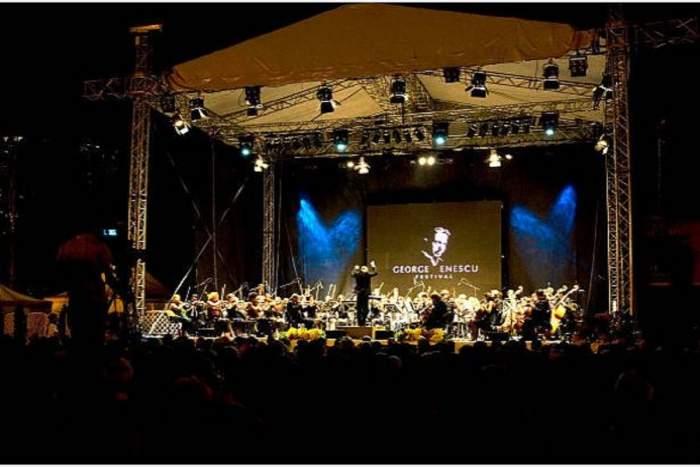 Orchestra de la Festivalul George Enescu, pe scenă