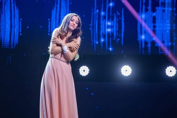 """Povestea tinerei Jeni Ion, cântăreața fără auz de la X Factor. """"Nu m-am născut așa"""" / FOTO-VIDEO"""