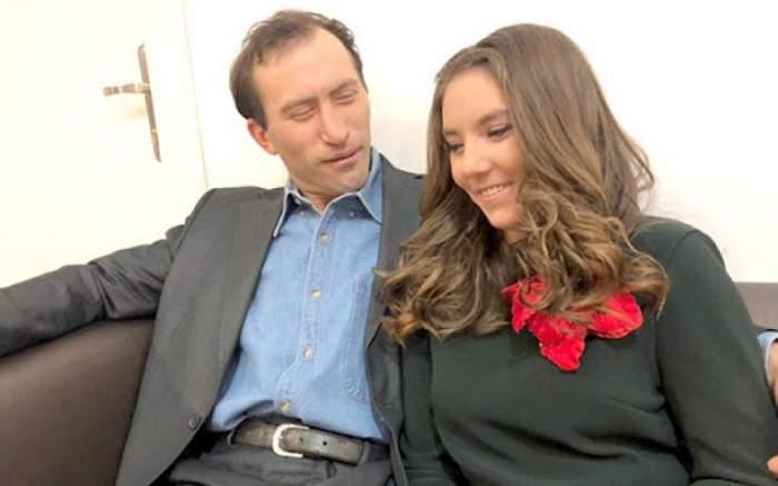 Veronica Stegaru (Vulpița) și Viorel Stegaru, pe canapea în culise la Acces Direct