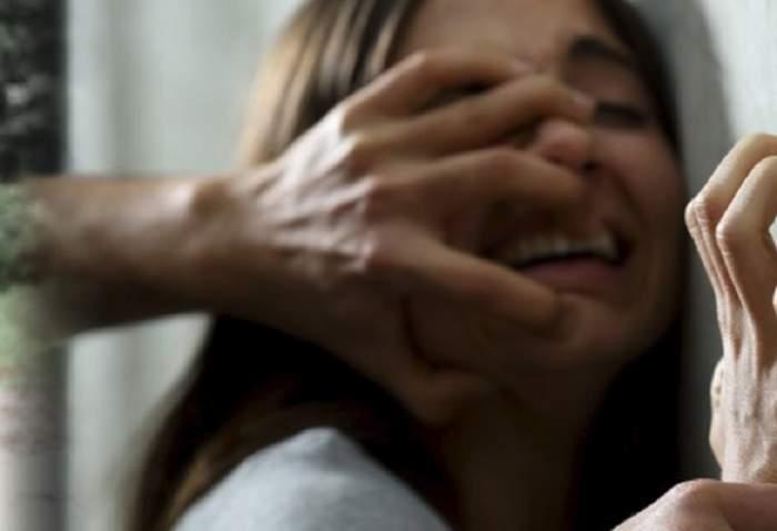Femeie agresata de un barbat