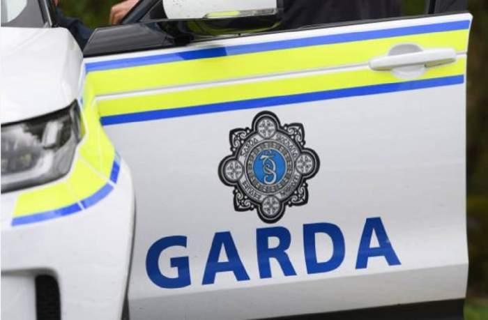 Imagine ilustrativă cu mașina de poliție irlandeză