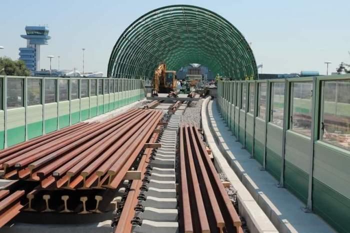 Calea ferată Gara de Nord-Otopeni. Când vor putea turiștii să facă primele deplasări. Anunțul Ministrului Transporturilor!
