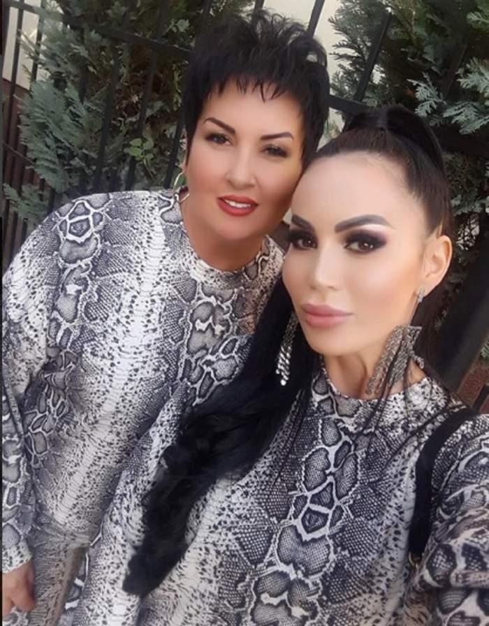 Bianca Pop și mama sa s-au îmbrăcat la fel, s-au machiat intens și s-au fotografiat zâmbitoare