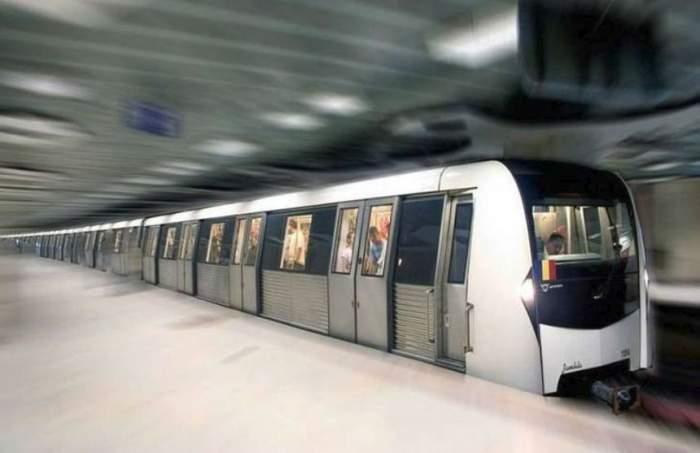 Fotogrfaie cu un metrou din București