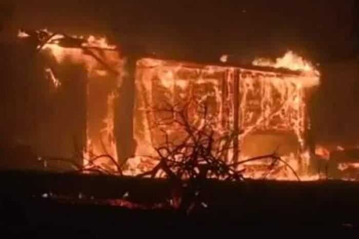 Un bărbat din Vaslui și-a incendiat casele! Motivul halucinant pentru care a recurs la acest gest