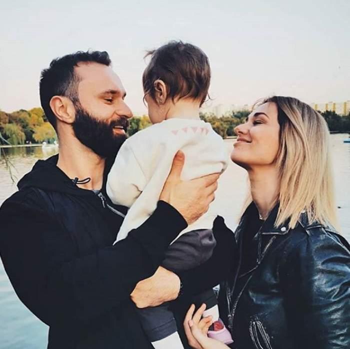 Feli împreună cu familia ei!