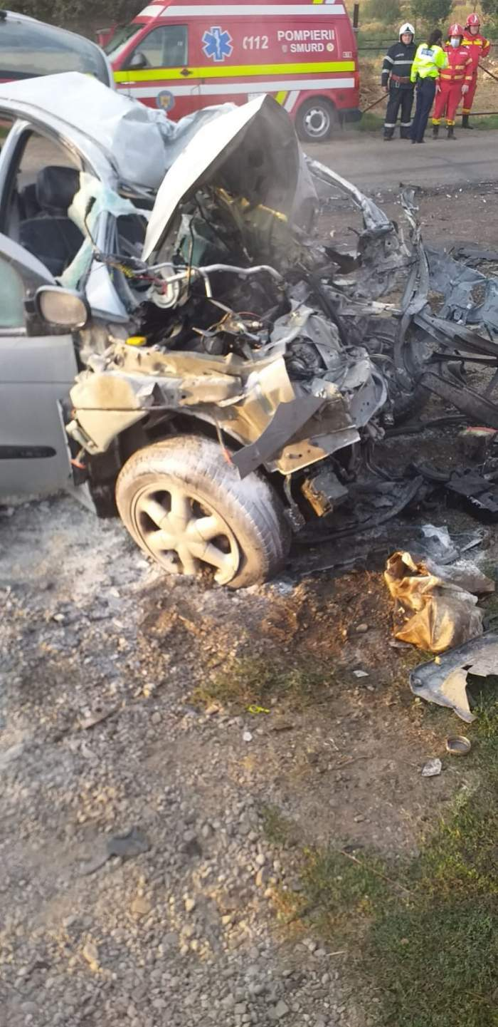 O tânără de 21 a murit pe loc, în mașina distrusă de o betonieră!