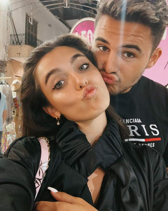 Alexia Eram și Mario Fresh s-au fotografiat îmbrățișați