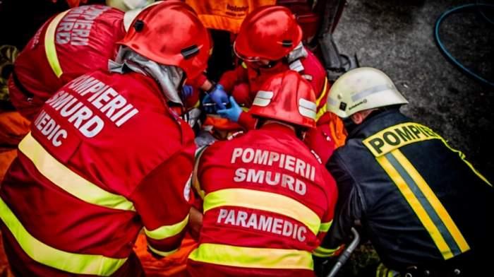 Bătrâni din Vrancea, găsiți morți, după ce casa lor a luat foc