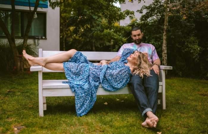 """Anunțul mult așteptat a fost făcut! Gina Pistol și Smiley au recunoscut că vor deveni părinți: """"Noi acum suntem 3"""" / VIDEO"""
