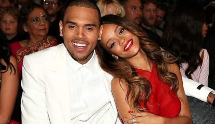 Rihanna și Chris Brown sunt la o gală muzicală