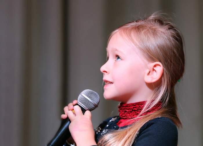 Cântatul ar putea fi periculos în școli