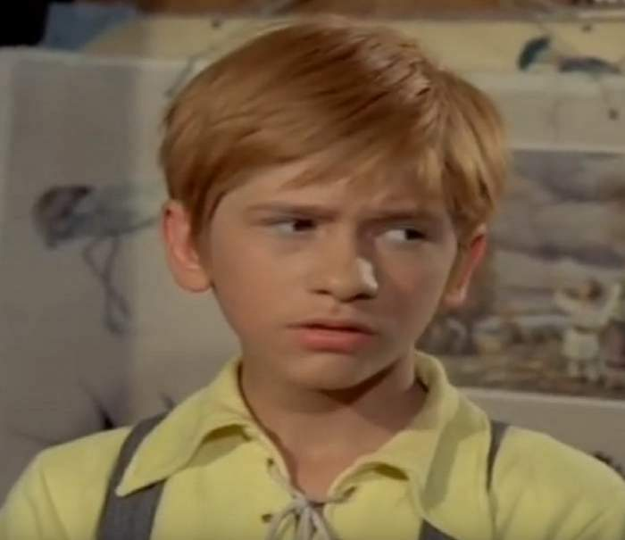 """Personajul principal din """"Pistruiatul"""", care poartă același nume"""