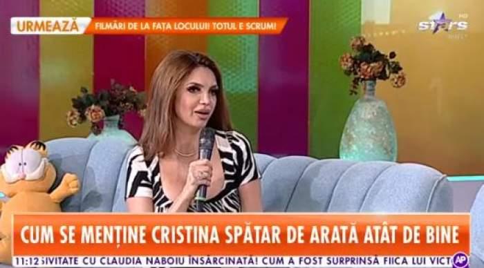 Cristina Spătar, pe canapea la Star Matinal, în rochie colorată și decoltată
