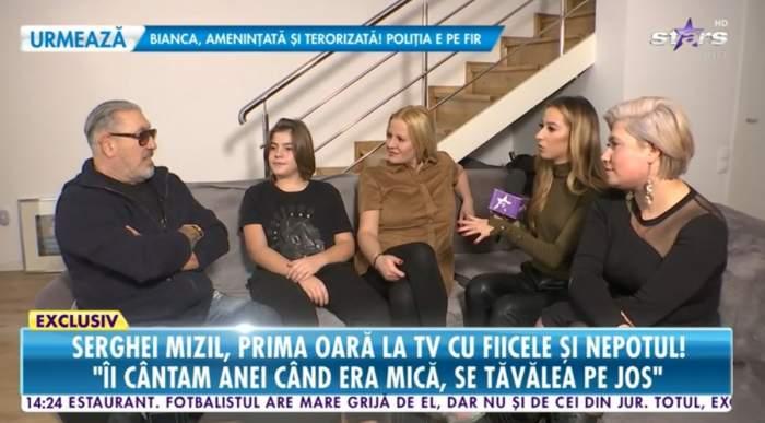serghei mizil cu familia la tv pe canapea