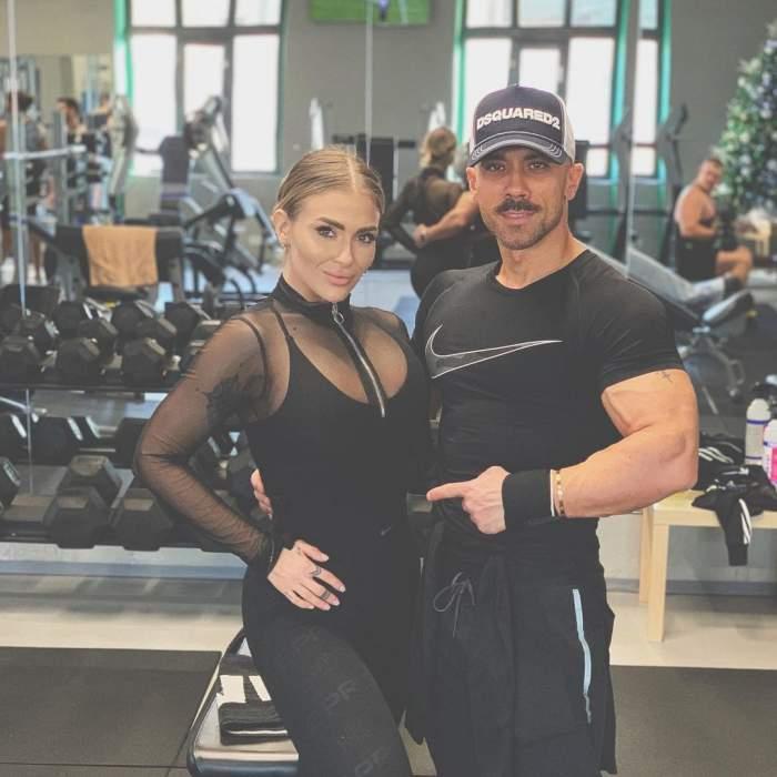 Oana Radu și Cătălin în sala de fitness.