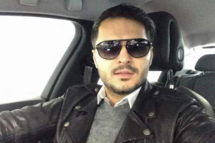 Liviu Vârciu și-a făcut un selfie în mașină, purtând ochelari de soare și cămasă albă