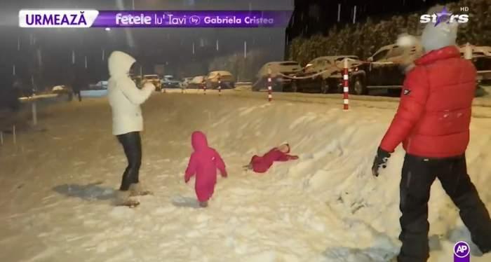 Gabriela Cristea  și familia la munte