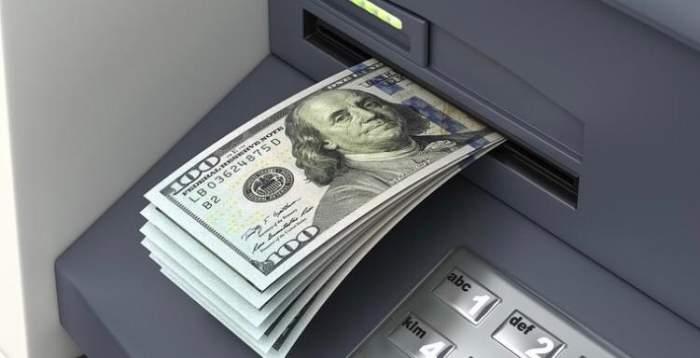 Bărbatul a furat 600€ de la o bătrână