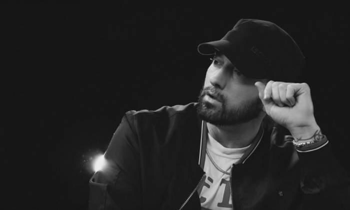 Cântărețul Eminem, nevoit să învețe din nou să cânte rap, după ce a fost la un pas de moarte din cauza unei supradoze