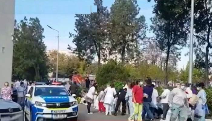 Imagini dramatice! Bolnavi scoși în stradă cu tuburi de oxigen și oameni resuscitați în curtea spitalului din Constanța / VIDEO