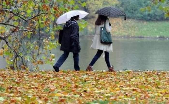 Sunt așteptate ploi și temperaturi sub valorile normale. Prognoza meteo pentru următoarele 4 săptămâni