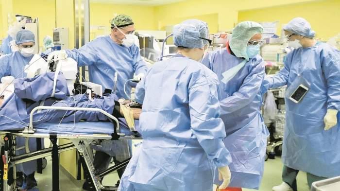 """Un antivaccinist convins a murit în chinuri la spital. Până în ultima clipă a susţinut că este doar o """"răceală"""""""