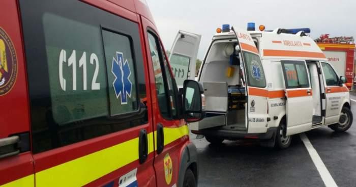 Accident grav de circulație în Arad, după ce un microbuz și o mașină s-au ciocnit violent. A fost activat Planul Roșu de Intervenție, iar șapte persoane au fost rănite