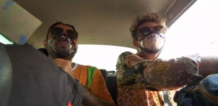 Cuza și Emi în mașină