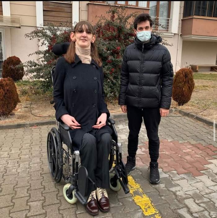 O tânără în vârstă de 24 de ani din Turcia, cea mai înaltă femeie din lume. Ce înălțime are Rumeysa