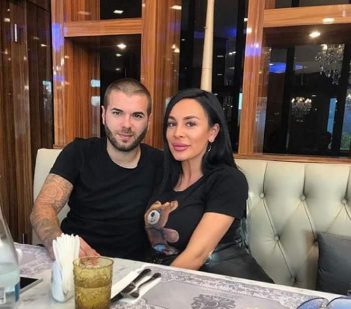 Cristian Daminuță și soția într-un restaurant