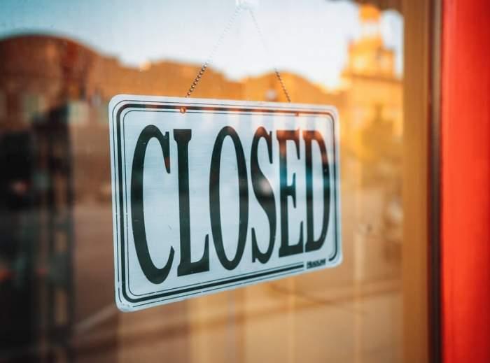 Barurile și cluburile din Constanța vor fi închise, după ce rata de infectare a cazurilor de COVID-19 a ajuns la 9,62 la mie