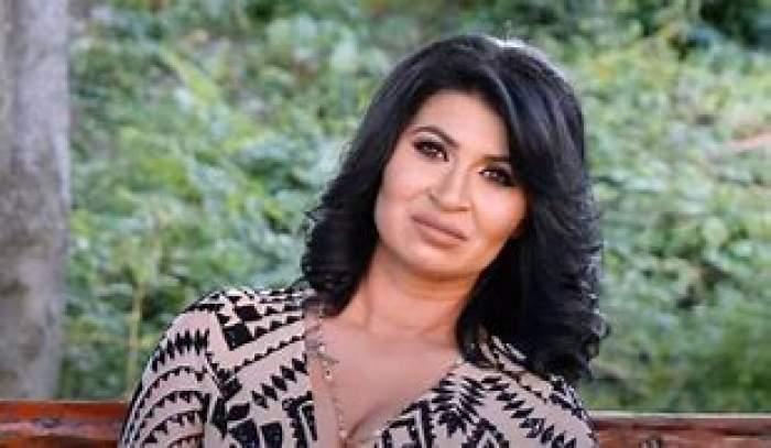 """Ramona de la Clejani, arestată la aeroportul din Londra! Dezvăluirile cântăreței la Antena Stars: """"M-am speriat tare"""""""