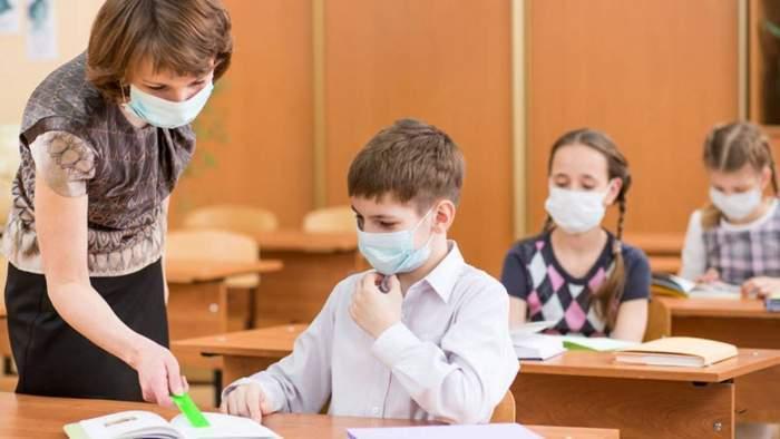 S-au impus noi reguli în școli pentru prevenirea infectării cu virusul SARS-CoV-2. Documentul emis de Ministerul Educației