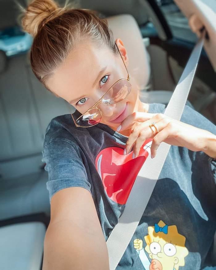 Gabriela Prisăcariu, selfie la volan