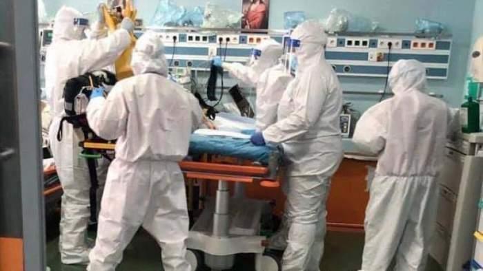 O gravidă infectată cu COVID-19 a murit la Spitalul din Oradea. Femeia nu era vaccinată și a stat acasă până când starea ei s-a agravat
